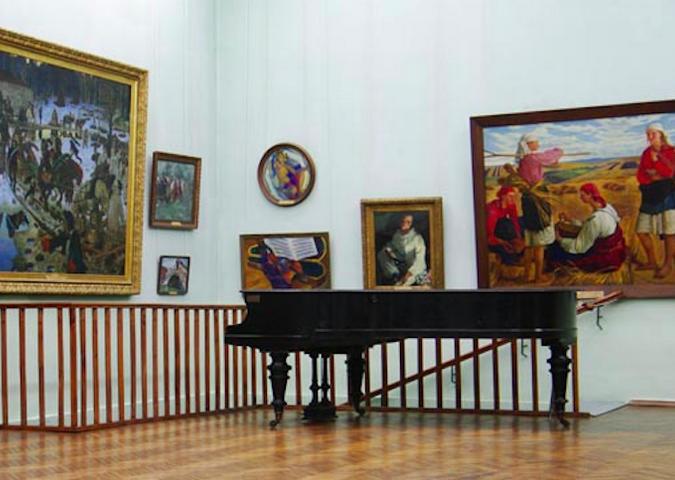 Odessa Fine arts museum tour